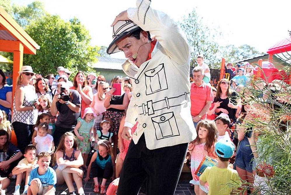 Photos (C) Andrew Murray - Daily Mail Australia